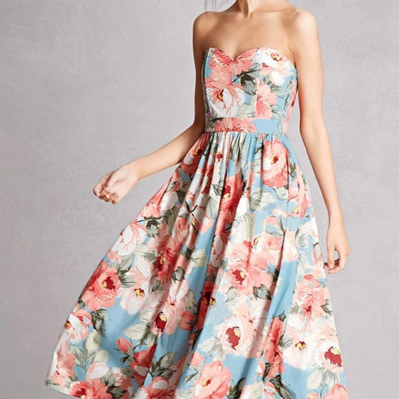 08af97b3c8f Forever 21 Dresses   Skirts - FOREVER 21 Strapless Floral Sweetheart Midi  Dress